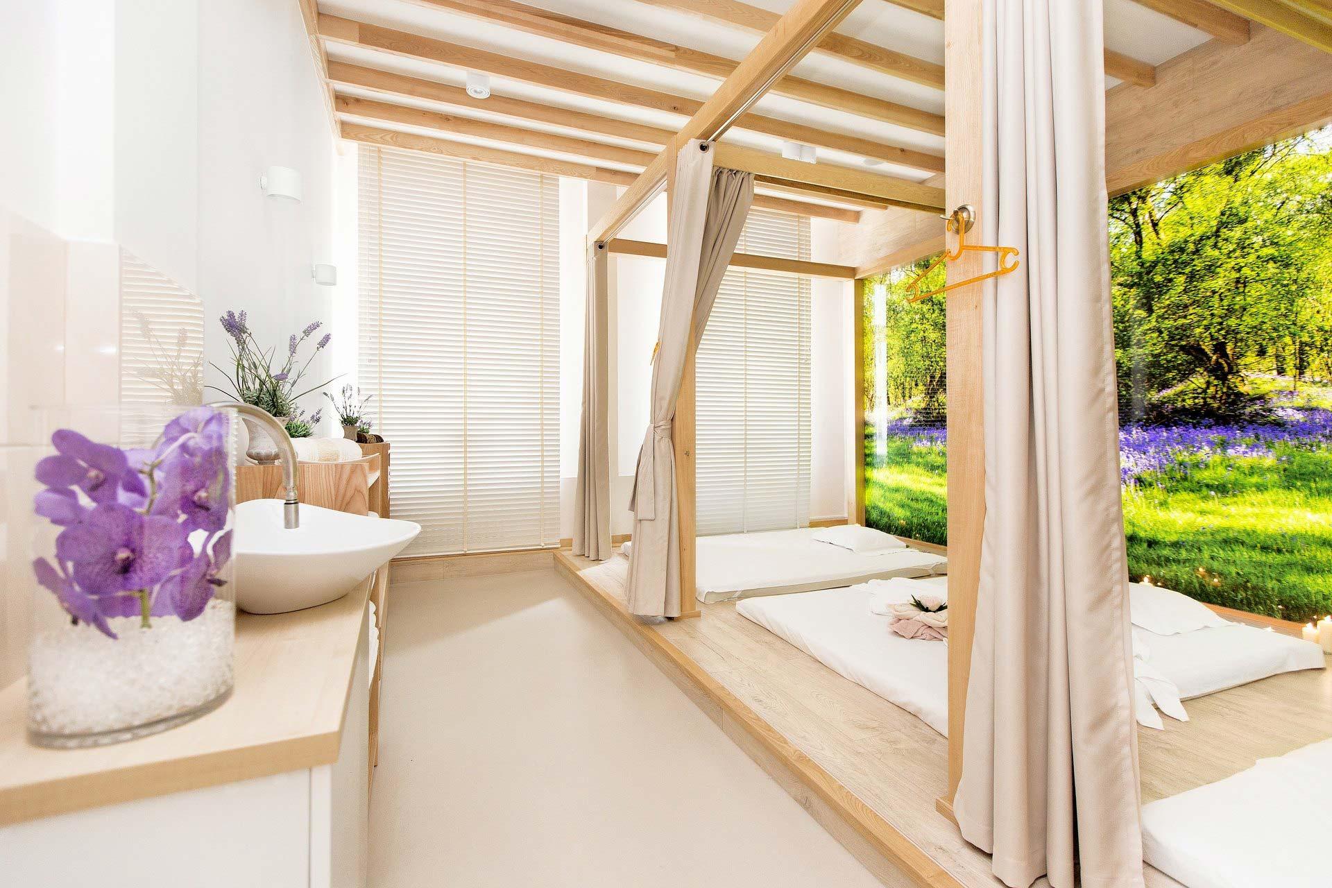 innenjalousien aus alu holz oder bambus. Black Bedroom Furniture Sets. Home Design Ideas